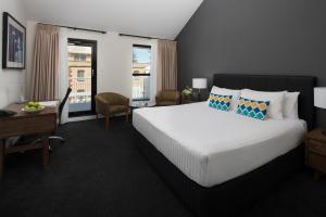 2020 AAAS - The Esplanade Fremantle Room Image